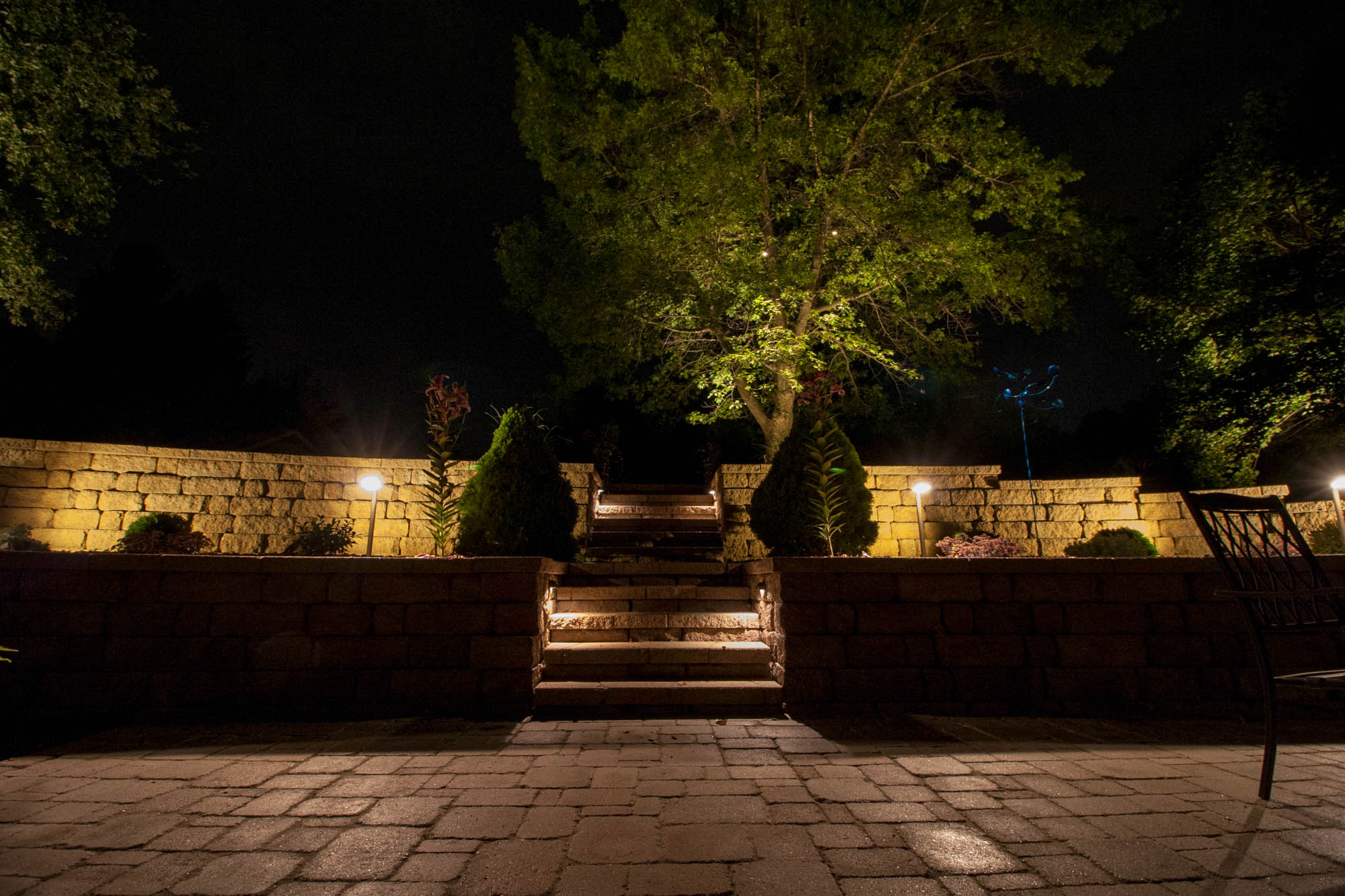 pewaukee landscape outdoor lighting night owl walkways steps patios security safety