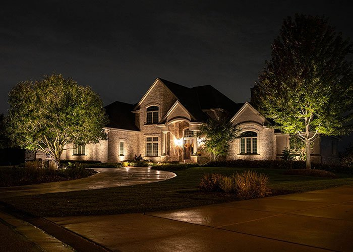 professional home landscape lighting design by night owl in waukesha