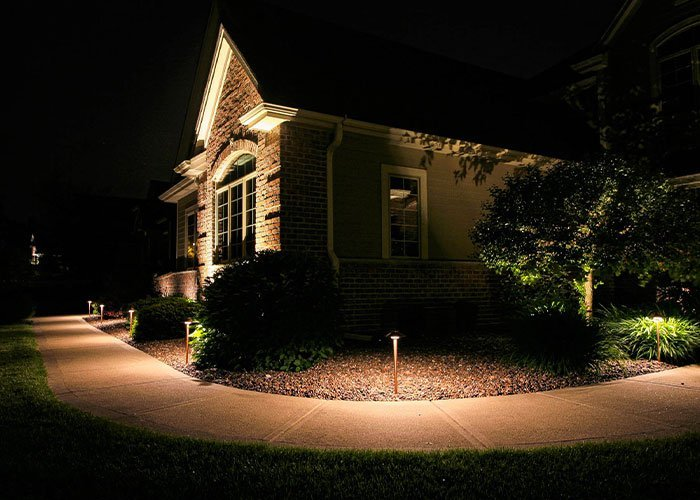 night owl landscape lighting maintenance services for led light systems in wisconsin ftimg